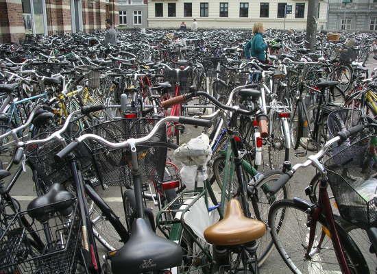 Biciclette rimosse da via Montanara: i proprietari possono ritirarle al deposito in via Romana