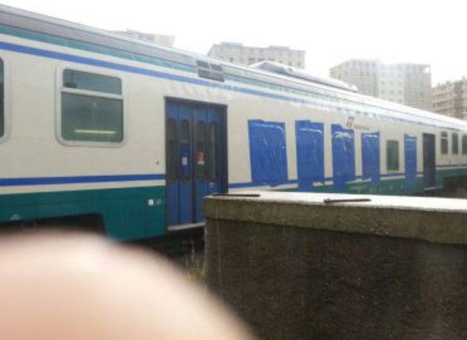 Ancora uno scippo sul treno in sosta a Torre del Lago