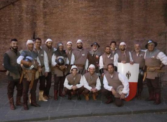 LUCCA – Stipulata la convenzione tra Comune e associazione Contrade di San Paolino per l'utilizzo di un terreno a Pontetetto