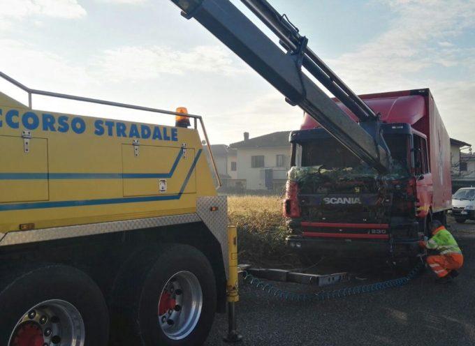 ALTOPASCIO – Rimozione camion via Ugo Foscolo, loc. Agliaio – Badia Pozzeveri