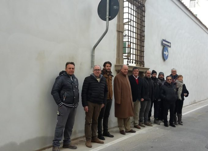 Villa Bottini: restituito alla città il nuovo muro realizzato grazie ai Lavori Pubblici Partecipati