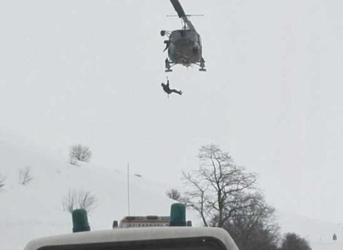 L'Aquila, cade elicottero 118 a Campo Felice: morte le 6 persone a bordo
