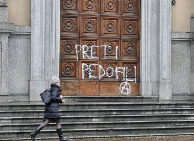 PRETI PEDOFILI: ECCO CHI SONO COLORO CHE HANNO INSABBIATO LE VIOLENZE SESSUALI SU MINORI!