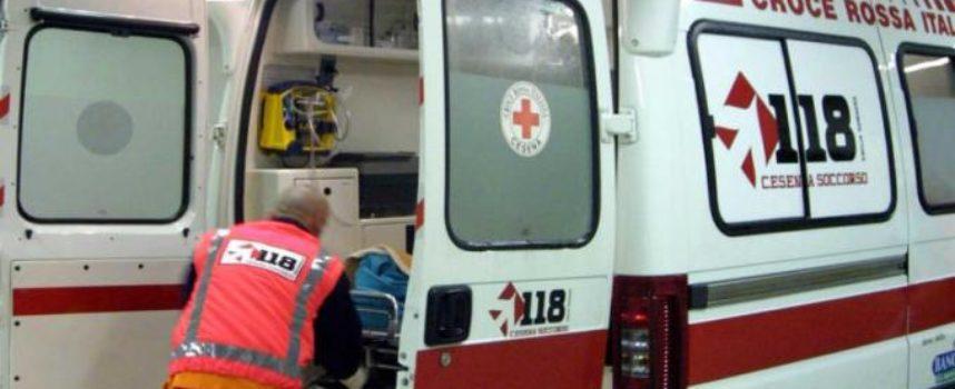 MOTOCICLISTA in ospedale dopo lo scontro a Ponte a Serraglio,  NEL COMUNE DI  BAGNI DI LUCCA