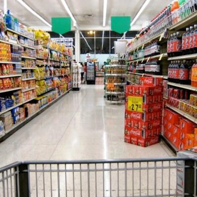 Esuberi al Carrefour, la parola ai sindacati Cgil, Cisl e Uil