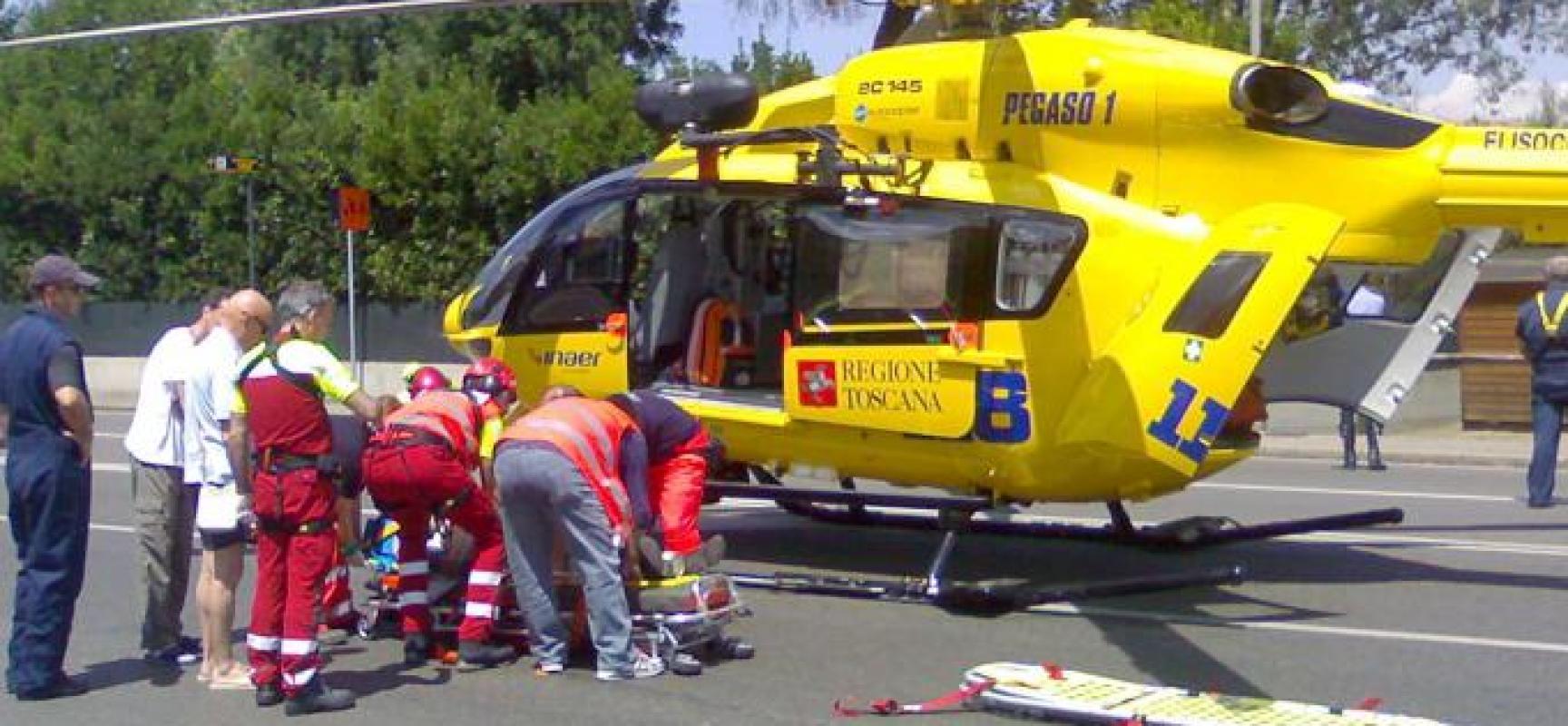 Incidente sul lavoro questa mattina in Darsena a  viareggio., trasportato con pegaso a cisanello