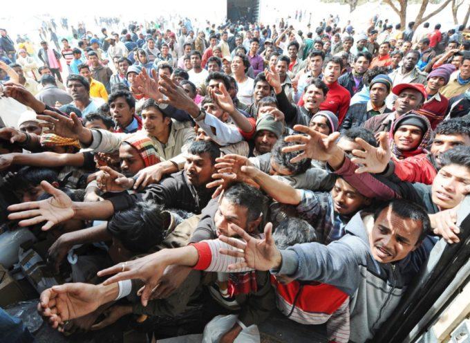 ITALIA, IN ARRIVO DALLA LIBIA ALTRI 180 000 AFRICANI SENZA DIRITTO D'ASILO