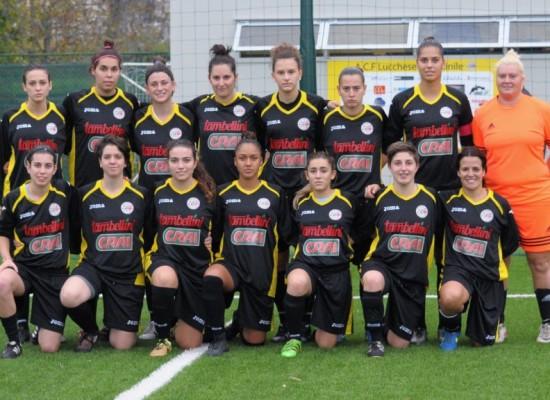 Domenica l'Acf Lucchese Femminile di serie B recupera con l'Amicizia Lagaccio Genova .