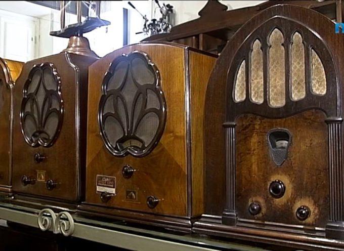 Un secolo di storia delle radio in un ideale viaggio nel tempo [VIDEO]