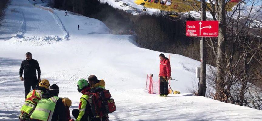 Bimbo di camaiore di 2 anni e mezzo sullo slittino finisce fuori pista e precipita per 150 metri