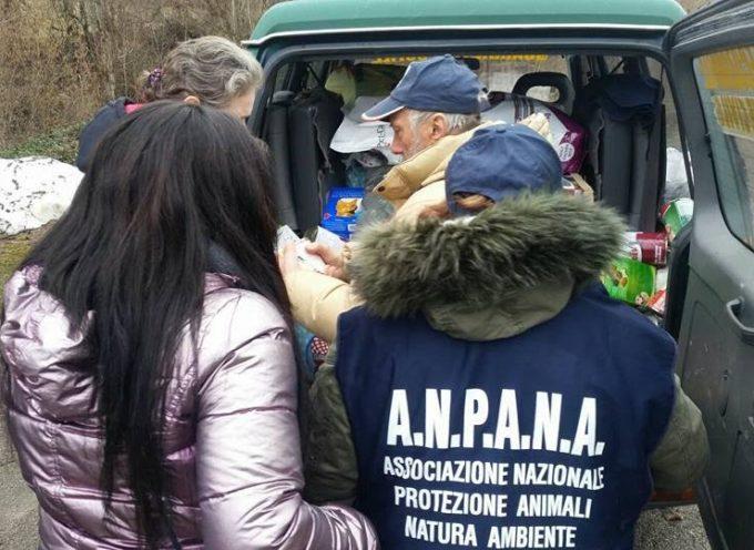 ANPANA LUCCA E ALTRE ASSOCIAZIONI CONSEGNANO CIRCA 9 TONNELLATE DI CIBO PER ANIMALI NEL CRATERE DEL SISMA