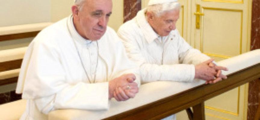 ACCADDE OGGI –  23 Marzo 2013, Papa Francesco incontra il Papa Emerito Benedetto XVI a Castel Gandolfo