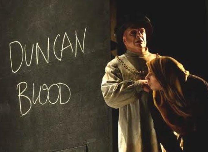 """Attori e regista dello spettacolo """"Macbeth"""" in scena al Giglio incontrano il pubblico"""