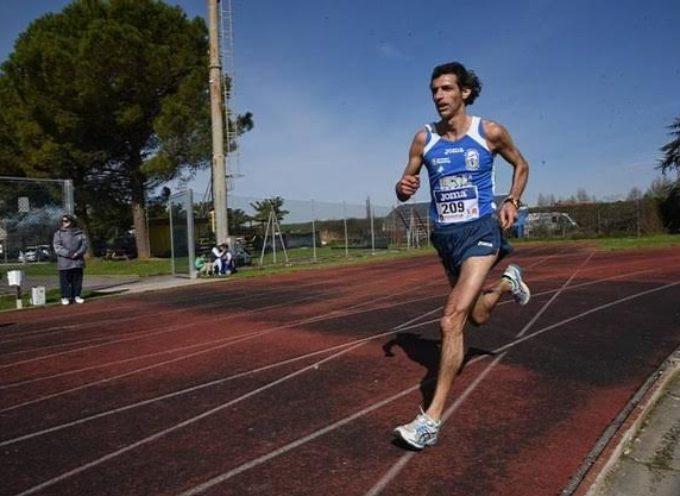 Emiliano Mazzei del GS Orecchiella campione Toscano 10.000 metri su strada UISP