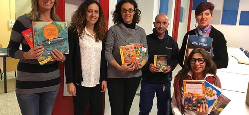 Un carico di libri alla primaria di Saltocchio grazie al progetto LU.ME.