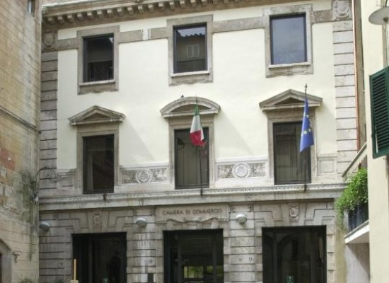 Camera di Commercio di Lucca chiusa Lunedì 10 e martedì 11 aprile 2017