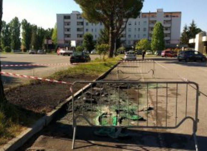 capannori – Atto vandalico contro il concertone del 1 maggio, bruciati i bagni
