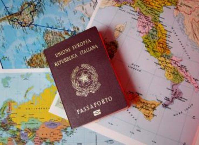 Come curarsi quando si viaggia all'estero, il focus di Altroconsumo