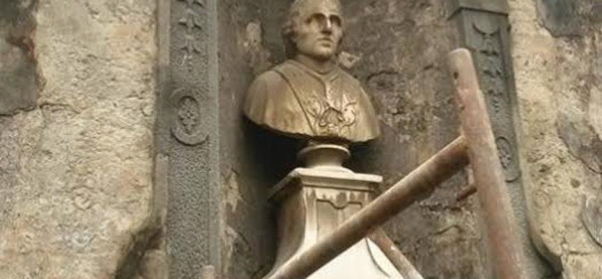 PARTITI I LAVORI DI RESTAURO DEL MONUMENTO DEL PAPA A BORGO A MOZZANO