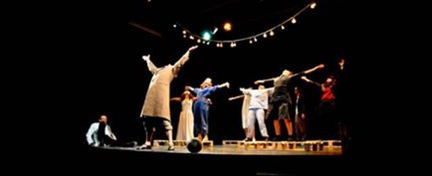Esibizione delle allieve dei corsi teatrali .. Teatro Accademico .. A BAGNI DI LUCCA