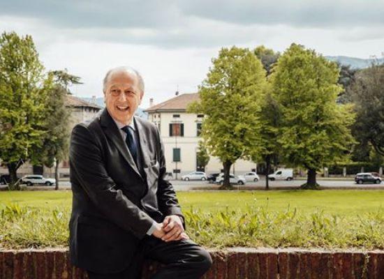 ALESSANDRO TAMBELLINI  Mi  dispiace che si sia persa un'altra occasione per far conoscere ai cittadini idee e programmi per Lucca.
