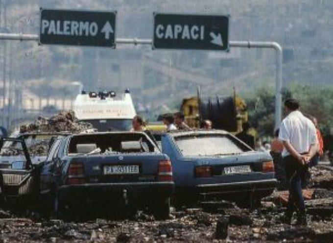 accadde oggi – 17:58 del 23 Maggio 1992 : a Capaci si fa strage dell'Italia