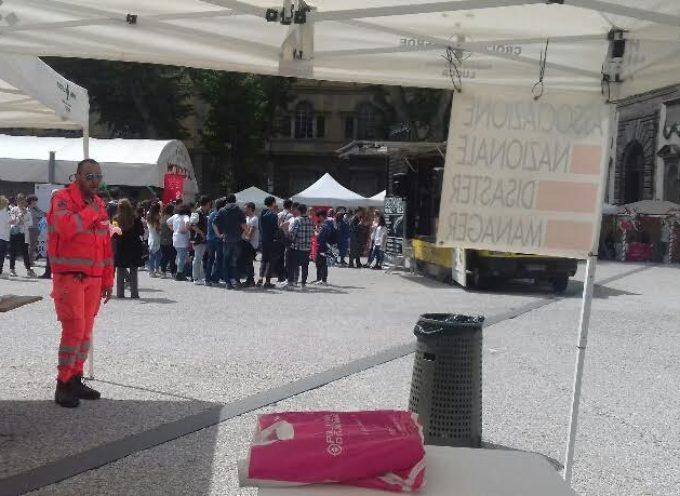 Domani (sabato 13 maggio) The Trouble Notes suonano in piazza Grande A LUCCA