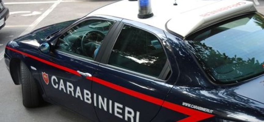 Carrara: clochard disabile aggredito, di giorno, in pieno centro