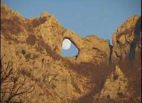 Il Monte Forato: la sua origine,la sua storia,la sua leggenda