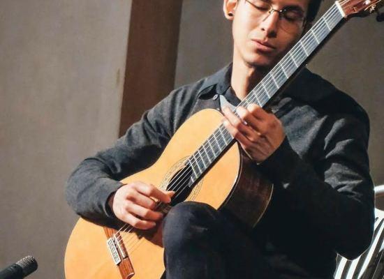 LUCCA CHAMBER MUSIC FESTIVAL HÉCTOR ALONSO CRUZ CARDOSO IN CONCERTO