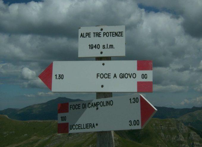 16 luglio escursione Apuantrek: Alpe 3 Potenze, lago Nero, passi di Annibale e del Giovo