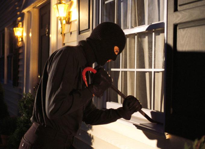 Capannori: furto in casa