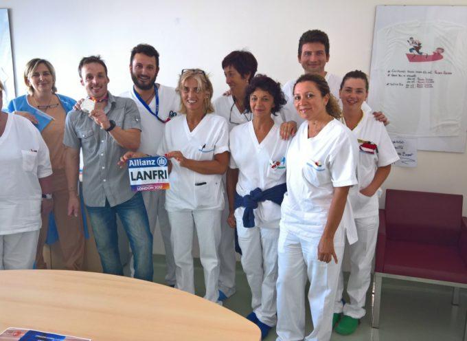 Ospedale S.Luca: dopo la medaglia mondiale Andrea Lanfri torna a salutare il personale della Terapia Intensiva