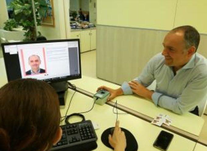 A Capannori è arrivata la carta di identità elettronica. La prima sarà consegnata al sindaco Luca Menesini