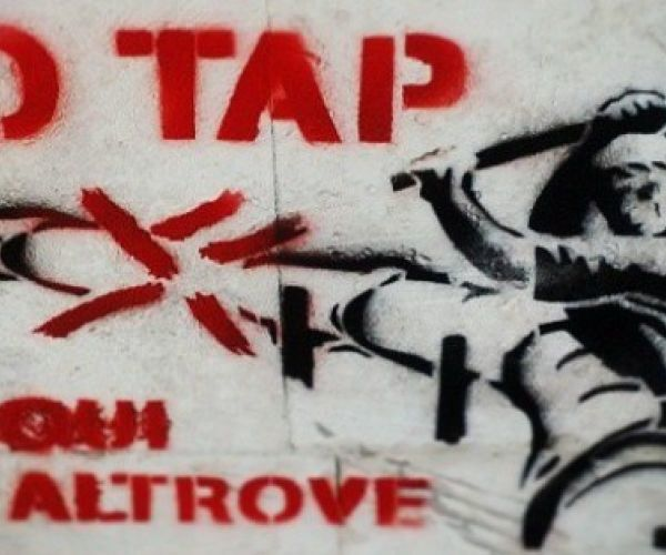 "Multe notificate ai manifestanti ""NO TAP"""