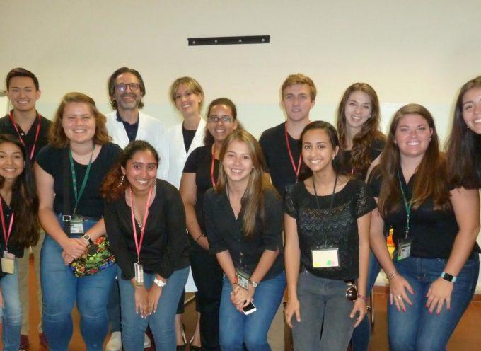 Gruppo di studenti di Medicina della Florida visita la Dermatologia di Lucca
