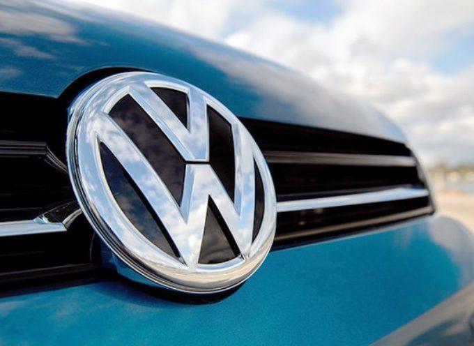 Volkswagen: avviato richiamo di 400.000 veicoli. Problemi con il sistema di controllo del freno