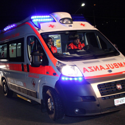 Barga,finisce  in ospedale dopo la caduta dalle scale