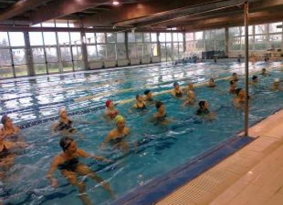 Riaperta la piscina comunale di Capannori, da giovedì 31 agosto riprendono tutti i corsi