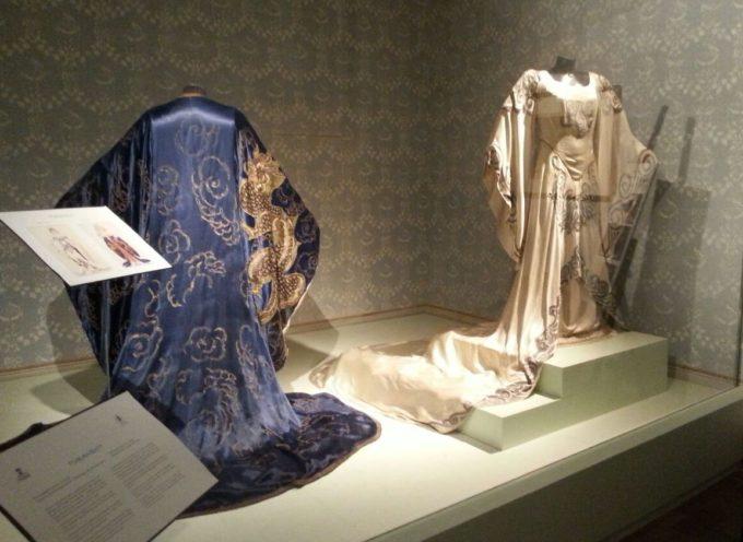 A Singapore l'abito di Turandot – Tra gli oggetti esposti nella mostra Serprentiform curata dalla maison italiana Bulgari dal 19 agosto al 15 ottobre