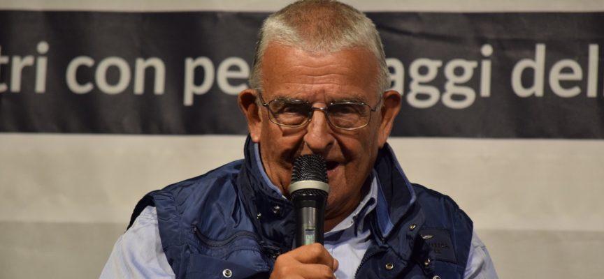 Sesto appuntamento con Giallo D'Amare (4 ago ore 21.30)  A Lido di Camaiore arriva Roberto Centazzo