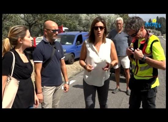 Nuovo incendio nella Piana, fiamme tra le case a Marginone[VIDEO]