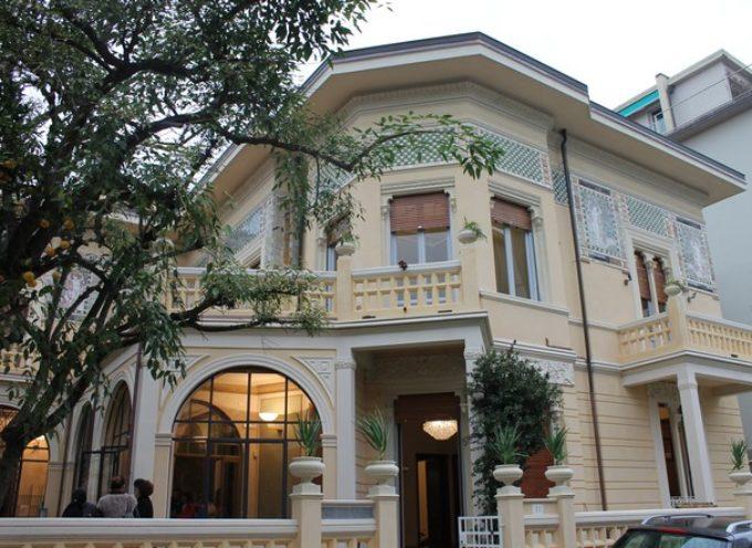 """A Villa Argentina le nove storie del libro """"Come into my house"""""""