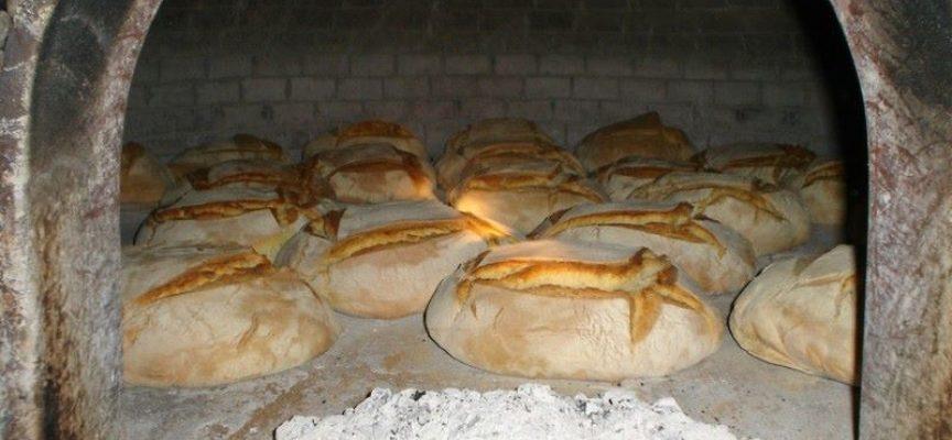 LA DOMENICA, si mangia il pane fresco, appena sfornato!