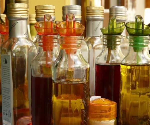 come si fanno gli oli aromatici ??? vediamo un po'…..