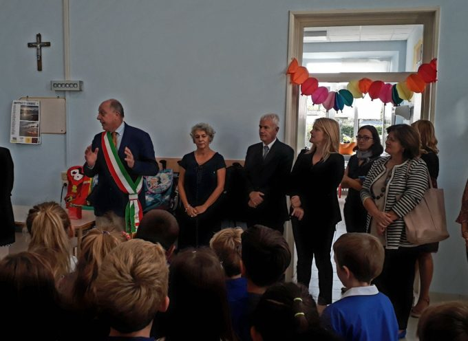Il sindaco in visita alla scuola primaria di Sant'Angelo ristrutturata