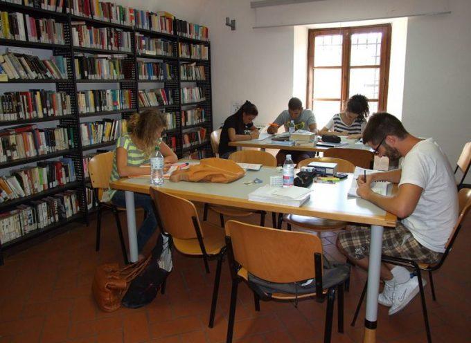"""Una """"bibliotombola"""" per festeggiare i cinquant'anni di attività della Biblioteca Comunale"""