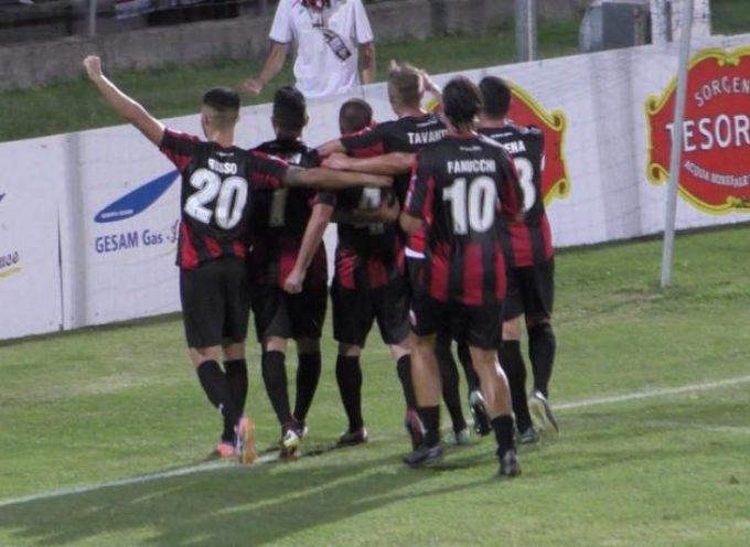 Lucchese – Pontedera: Arrigoni regala i primi tre punti ai rossoneri