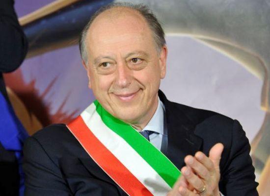 Intervento del sindaco Alessandro Tambellini sui presidi di Casapound e Forza Nuova
