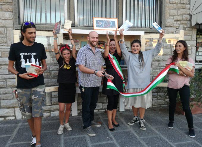 Libri free a Marlia grazie all'associazione 'Jacopo ci sei'.